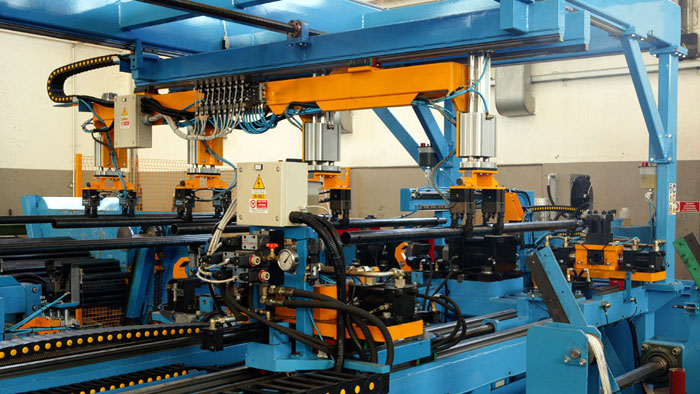 GBM - machine for manufacturing scaffolding frameworks