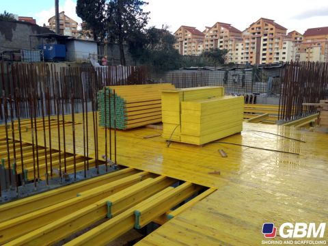 FORMWORK SHEETS IN ALGERI WORKSITE 3