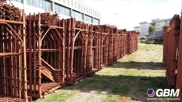 BUSHING TYPE VILLALTA SCAFFOLDING USED 1