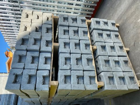 CONCRETE BASE 2