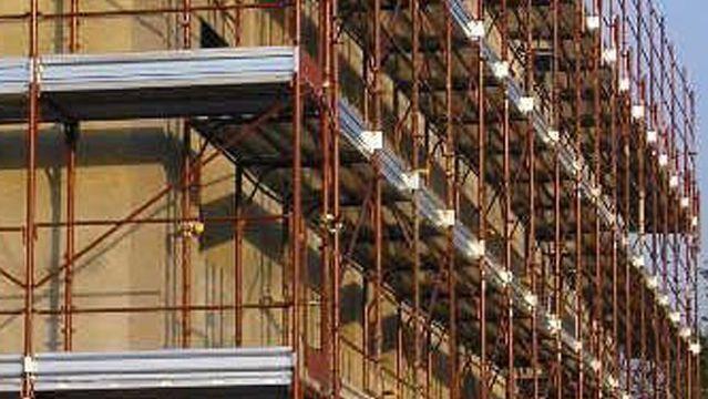 Bonus facciate: ponteggi e materiali utilizzati per le ristrutturazioni rientrano nell'agevolazione al 90%