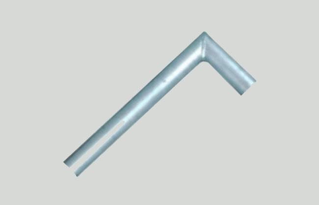 Tubular anchorage L-shaped for scaffolding