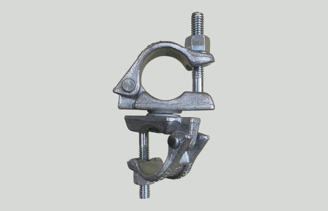 Junta abraçadeira giratória EN74 com charneira galvanizada