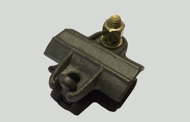 Simple coupler for scaffolding